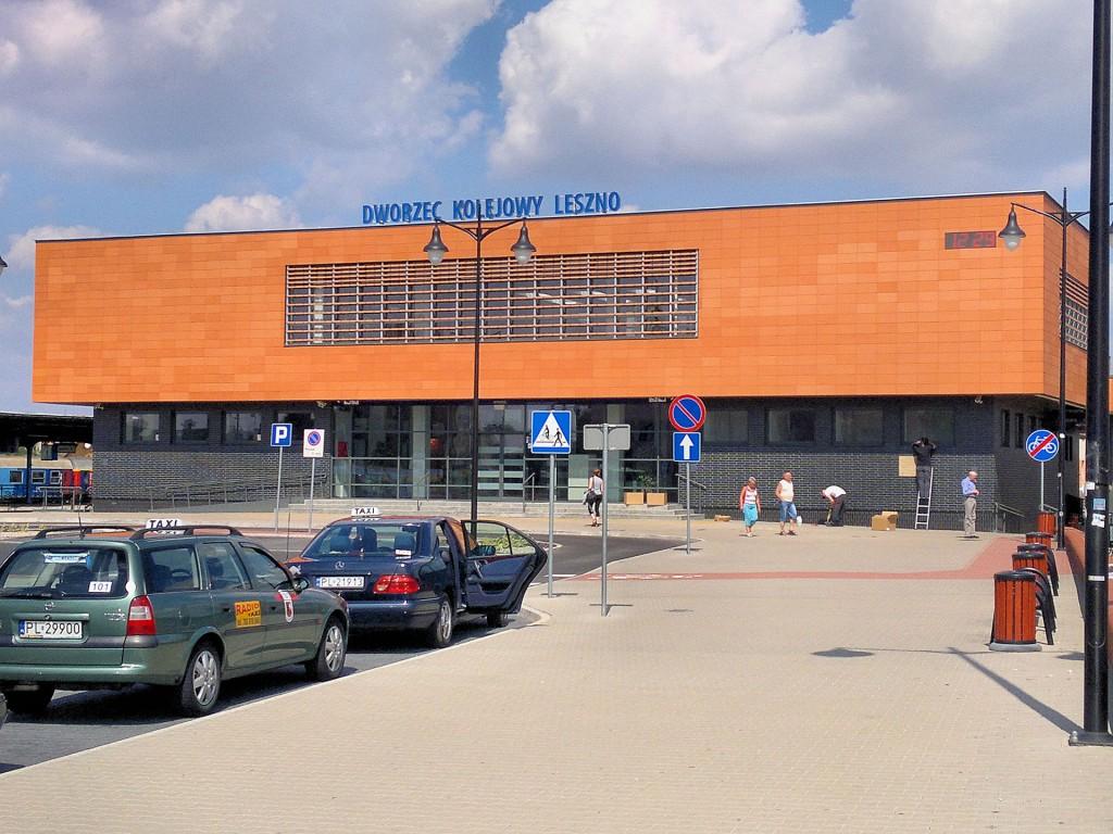 Dworzec_PKP_Leszno_01